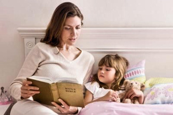 mother-child-bible